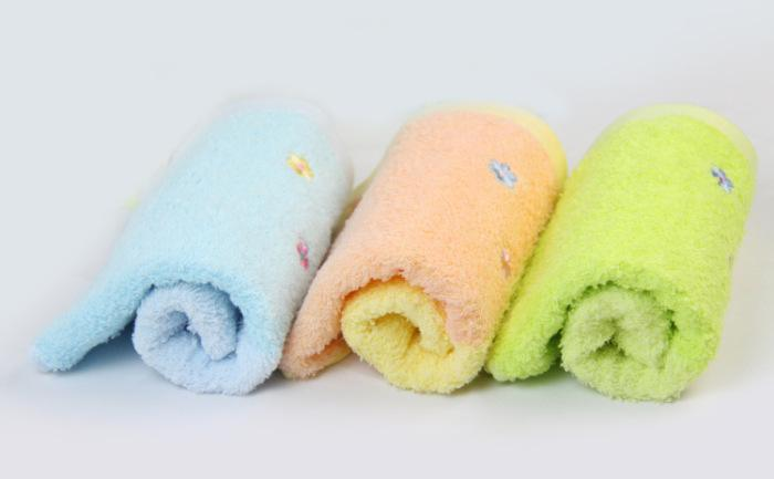 Weaving Process and Characteristics of Pure Cotton Towels