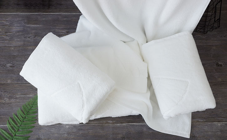 How to remove mildew on bath towels