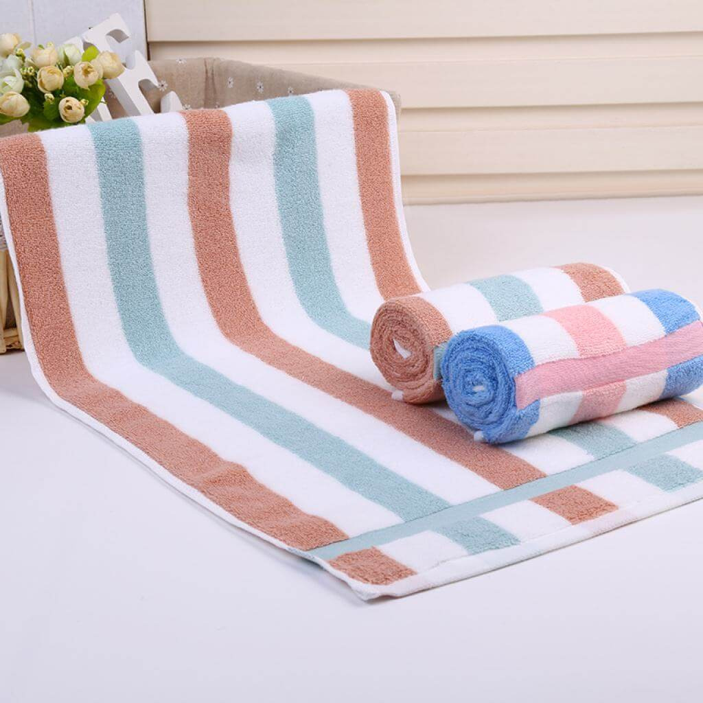 What are the benefits of buying a cotton bath towel